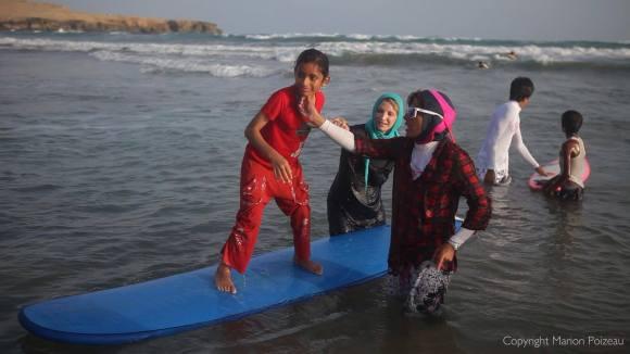 mona_surfing